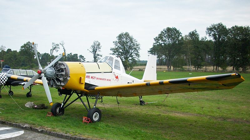 PZL M18 (M21) Dromader civil
