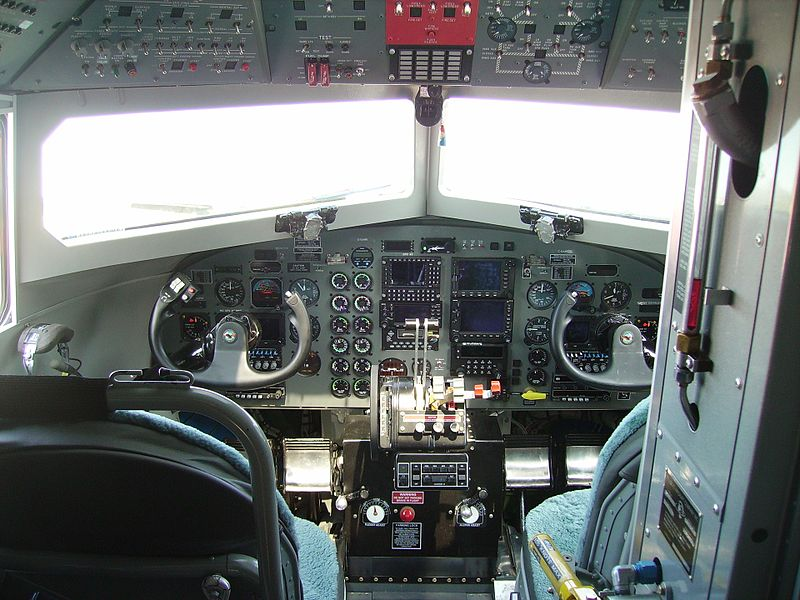 Basler BT-67 - Cockpit