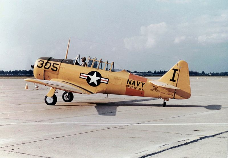 North American T-6 Texan (SNJ-6) de l'US Navy