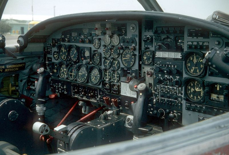 Cessna T-37 Tweety Bird - Cockpit