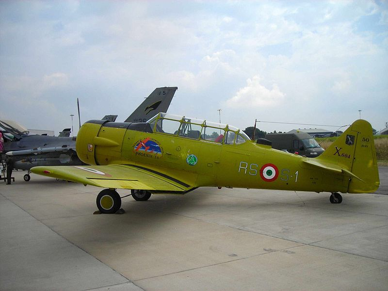 North American T-6 Texan (Harvard Mk IV) italien