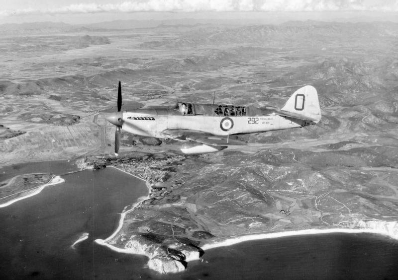 Fairey Firefly FR.4 de la Royal Navy