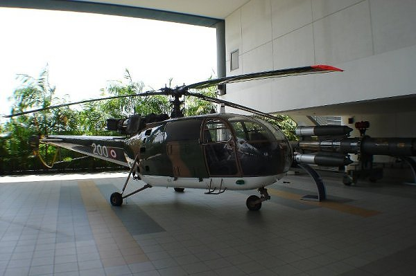 Sud-Aviation SA 316B Alouette III singapourienne