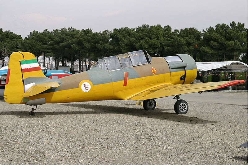 North American T-6G Texan iranien