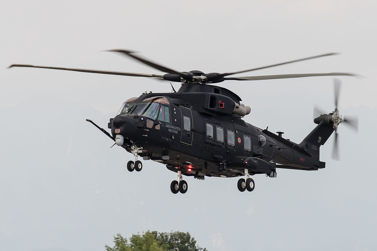 agustawestland aw101 helicopter with 222 on 347 in addition Rdaf Eh 101 Flares additionally Watch also 34112 likewise Aw109 Battlefield Light Utility Helicopter Par Excellence.