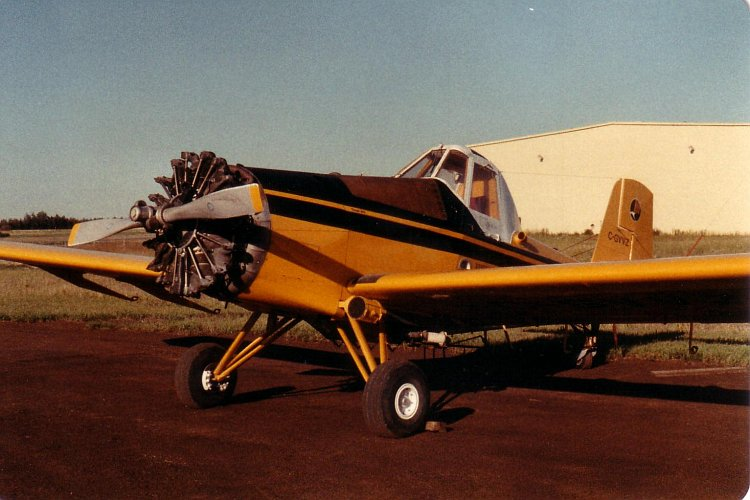 Ayres S-2R Thrush civil au sol