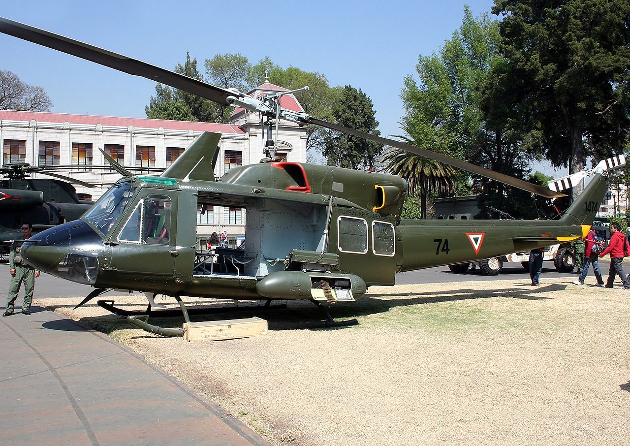 Bell 212 Twin Huey mexicain
