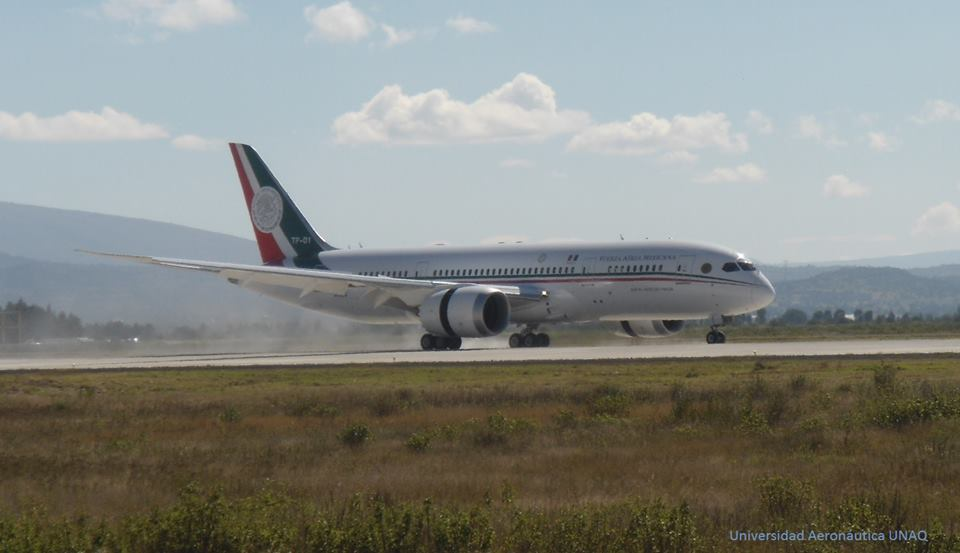 Boeing 787-8 mexicain