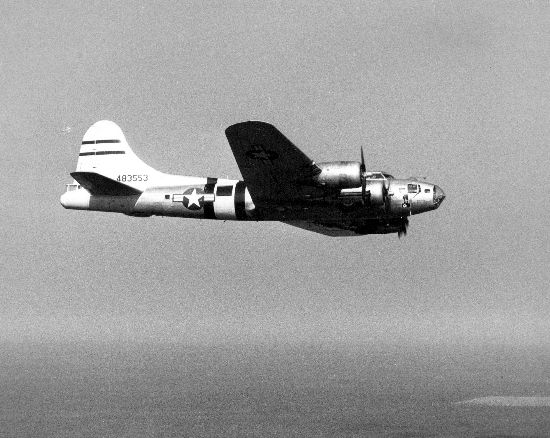 Boeing B-17 Flying Fortress (F-9) de l'USAAF en vol