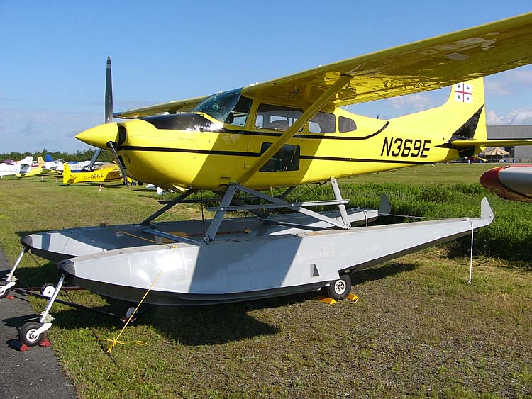Cessna 185 Skywagon (A185F) hydravion civil