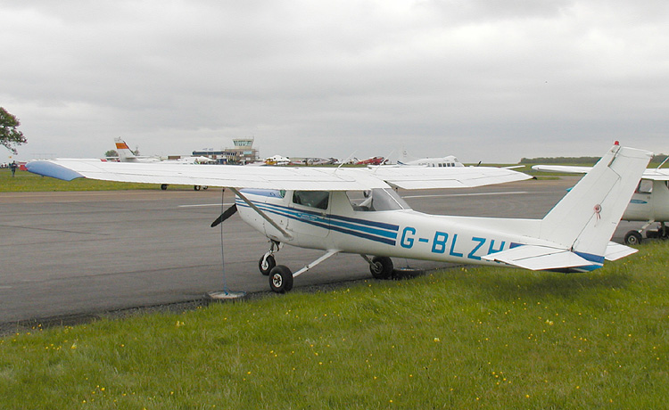 Cessna 152 (F152) civil