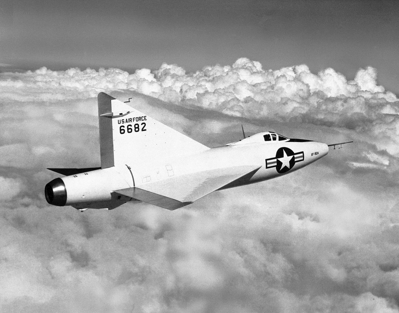 Convair XF-92A Dart en vol