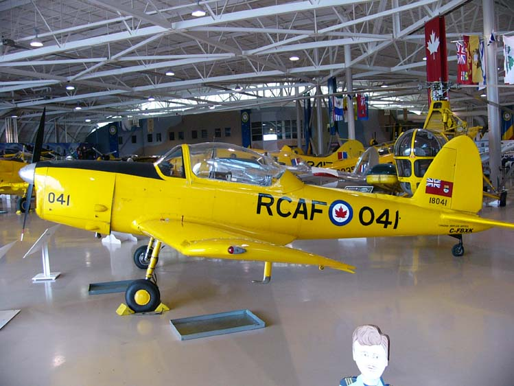 De Havilland Canada DHC-1 (Chipmunk T.2) canadien