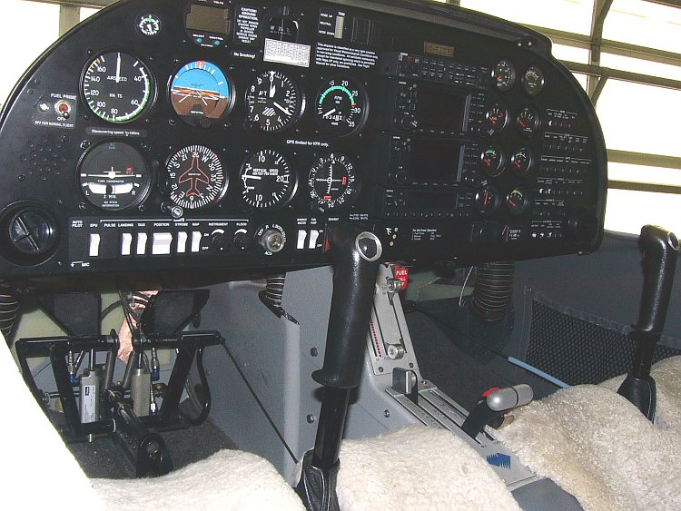 Diamond DA20-C1 Katana - Cockpit
