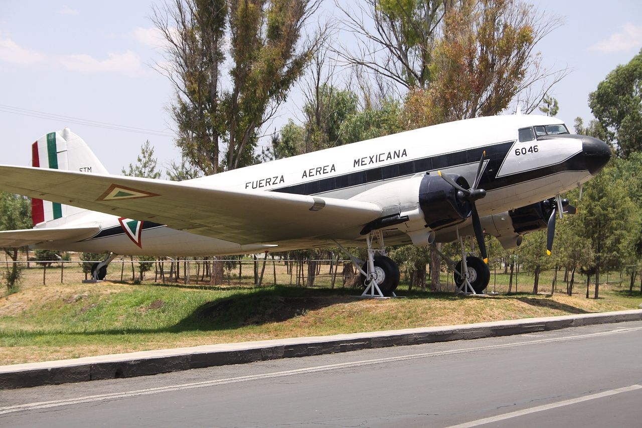 Douglas C-47A Dakota mexicain