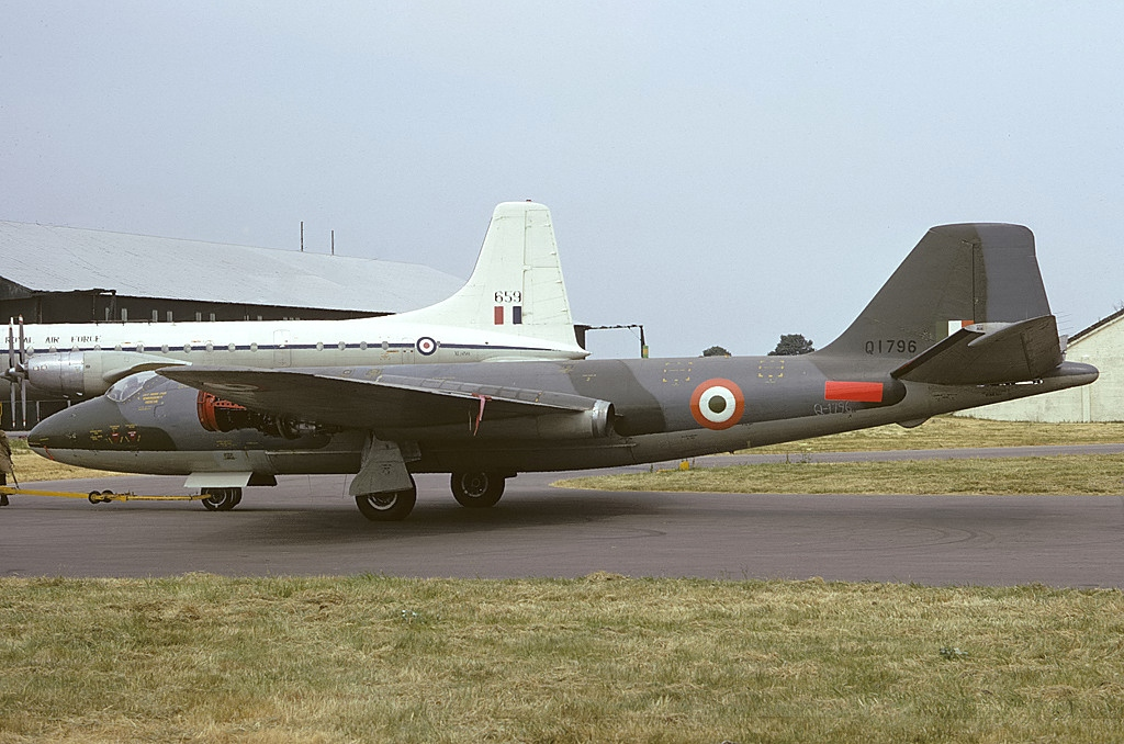 BAC Canberra T.4 indien