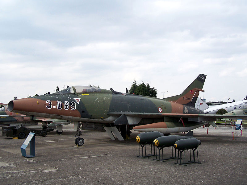 North American F-100D Super Sabre turc
