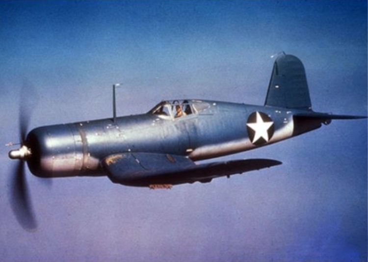 Vought F4U-1 Corsair en vol