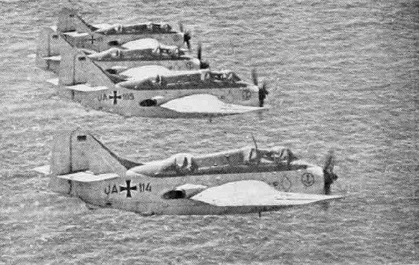 Fairey Gannet AS.4 de la marine allemande en formation