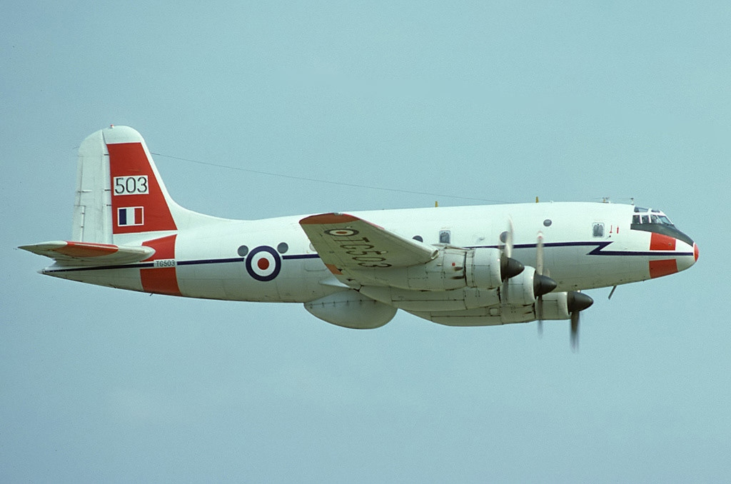Handley Page HP.67 Hastings T.5 de la RAF en vol