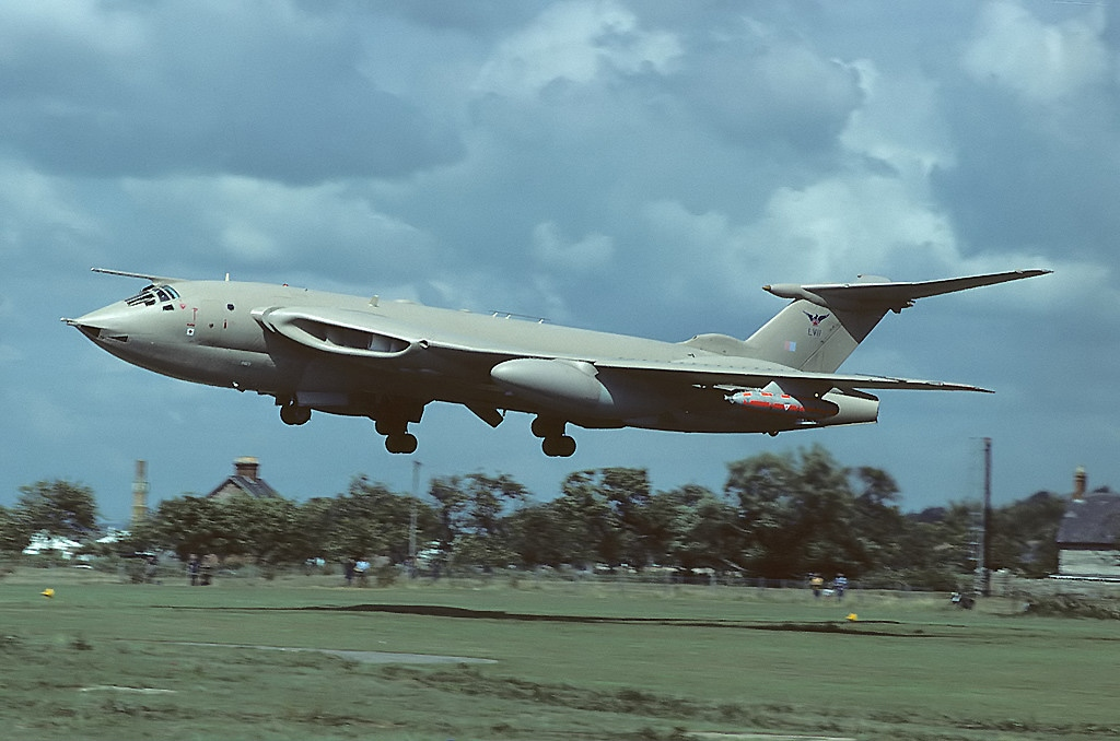 Handley Page Victor K.2 à l'atterrissage