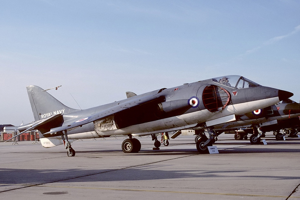 Hawker P.1127 Kestrel XP980 aux couleurs de la Royal Navy