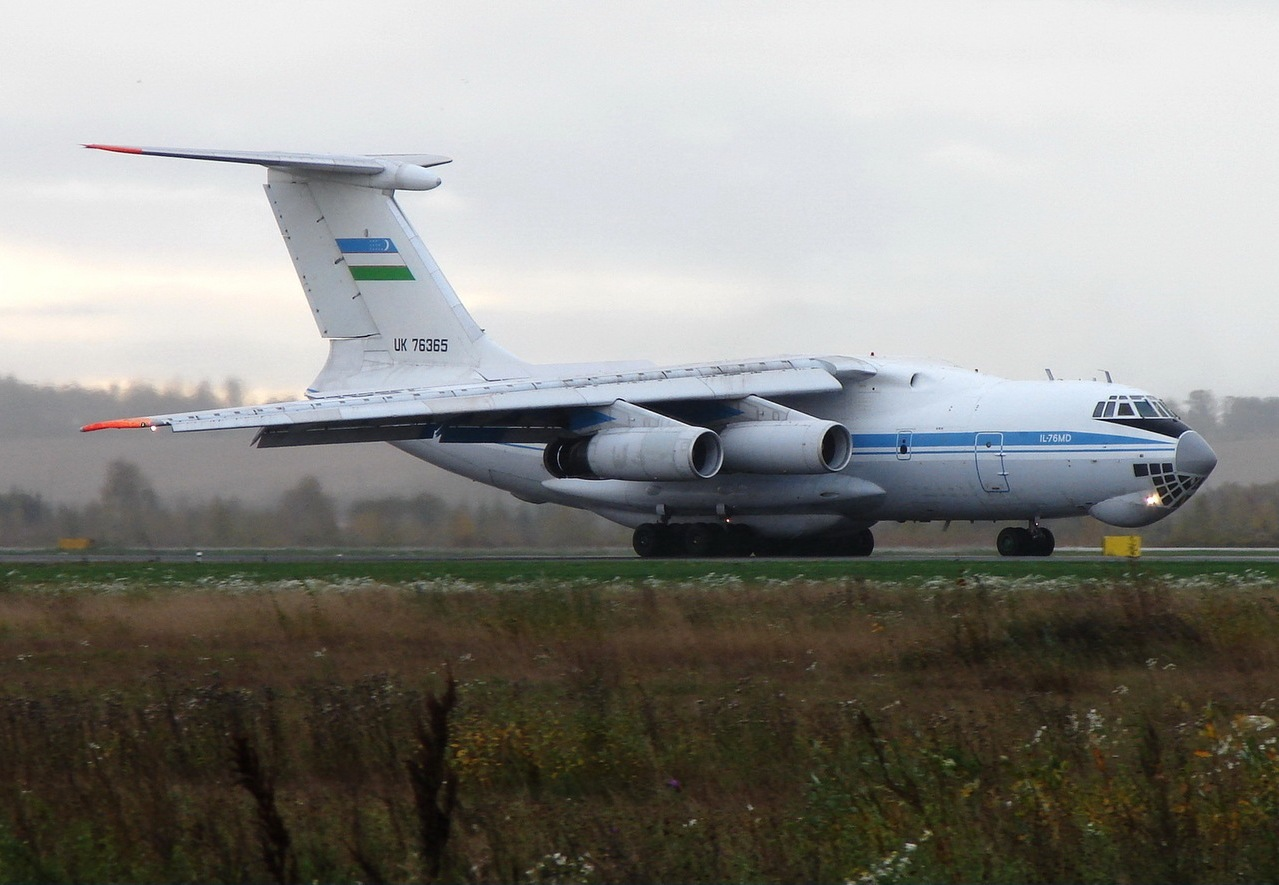 Iliouchine Il-76MD ouzbèke