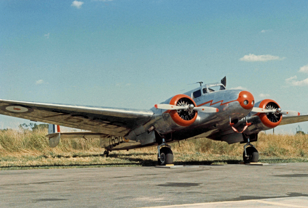 Lockheed 10A Electra aux couleurs canadiennes