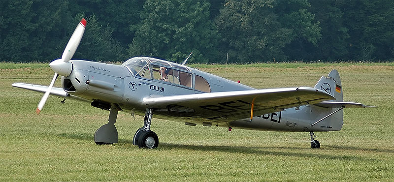 Messerschmitt Bf 108 civil au sol