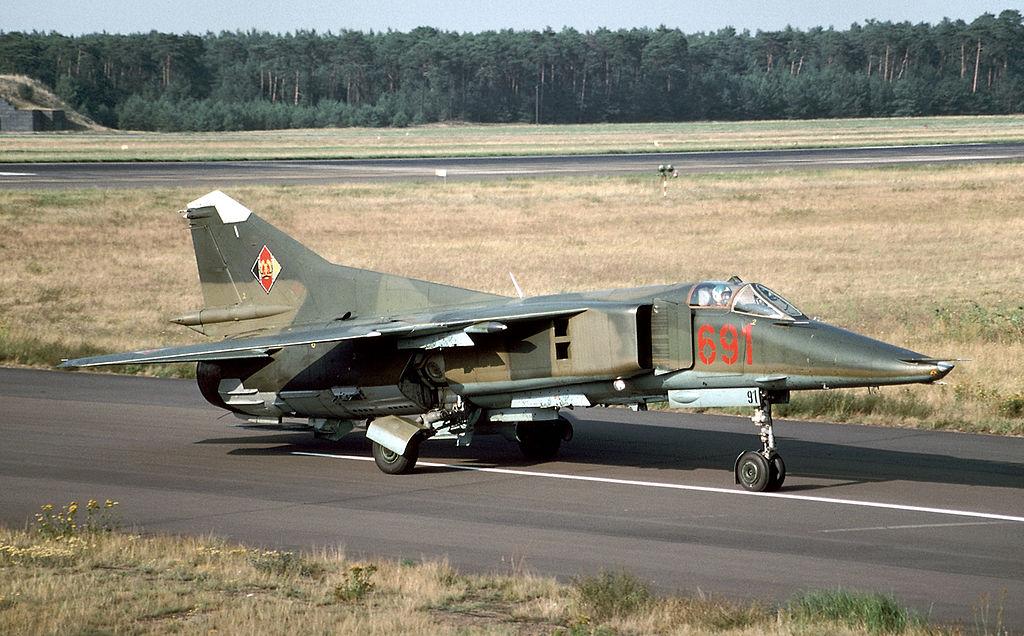 MiG-23BN_East_Germany_14313776702.jpg