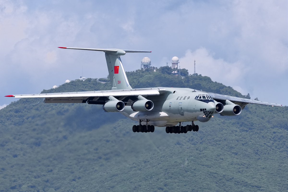 Iliouchine Il-76MD chinois