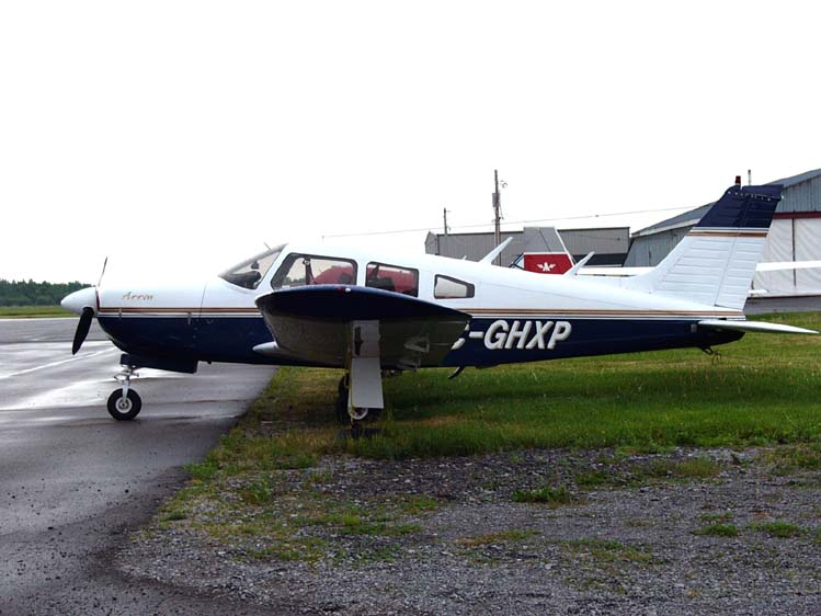 Piper PA-28R-200 Cherokee civil