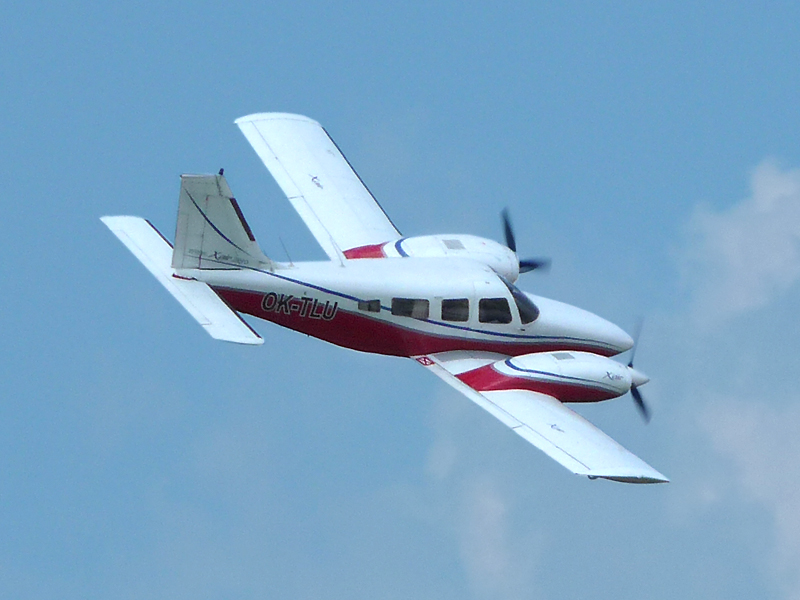 Piper PA-34 Seneca en vol