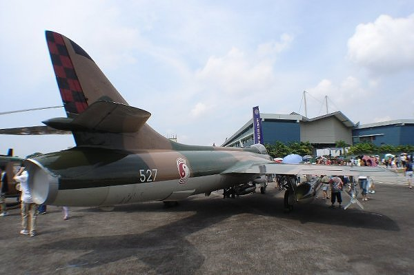 Hawker Hunter F.74 singapourien