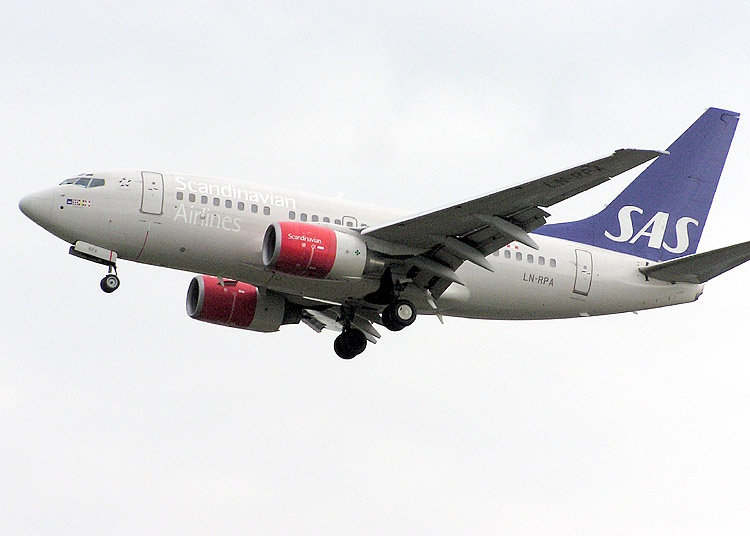 Boeing 737-600 civil