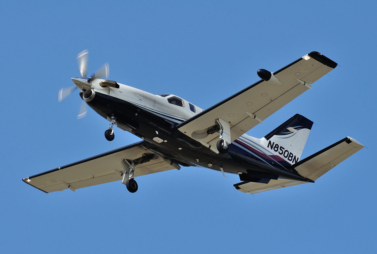 Socata TBM-850 en vol train sorti