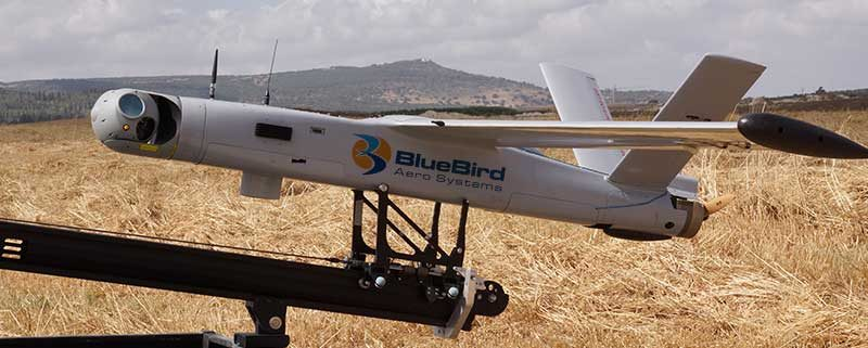 BlueBirds Aero Systems ThunderB sur sa catapulte