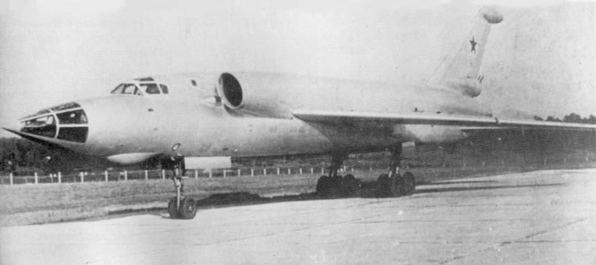 Les géants des airs : Le Tupolev Tu-128 Fiddler [Amodel 1/72] Tu-98