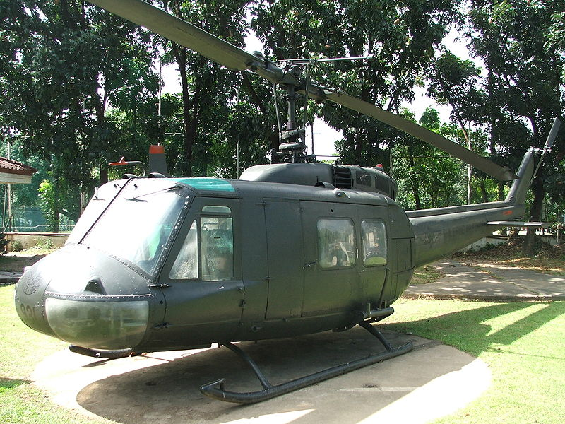 Bell UH-1H Huey philippin