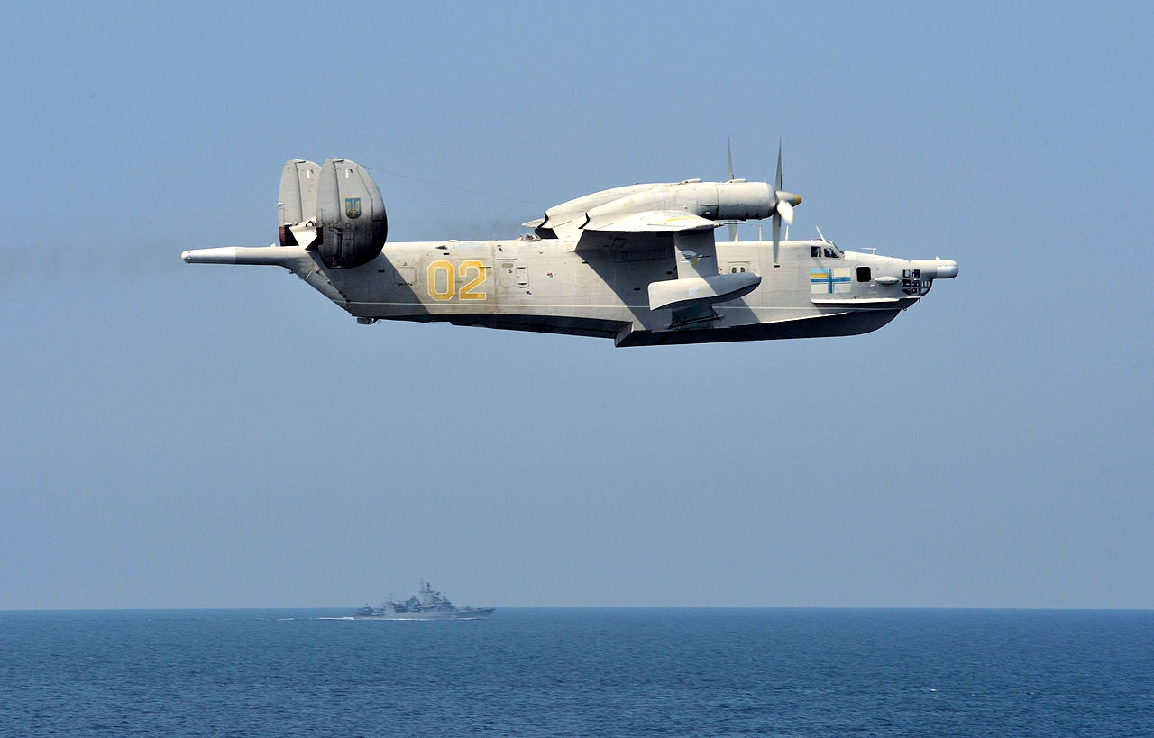 Beriev Be-12 Mail de la marine ukrainienne en vol