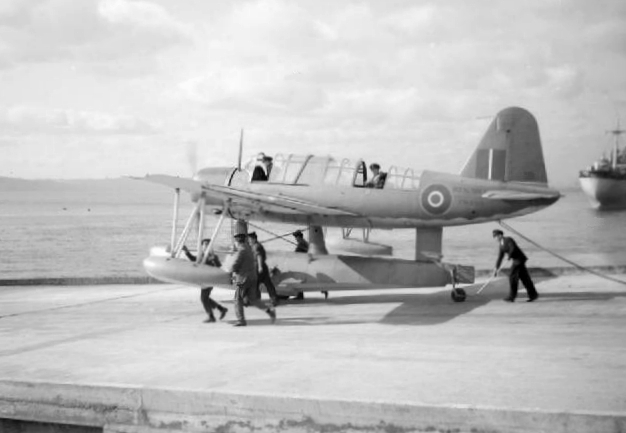 Vought OS2U-3 Kingfisher I de la Royal Navy