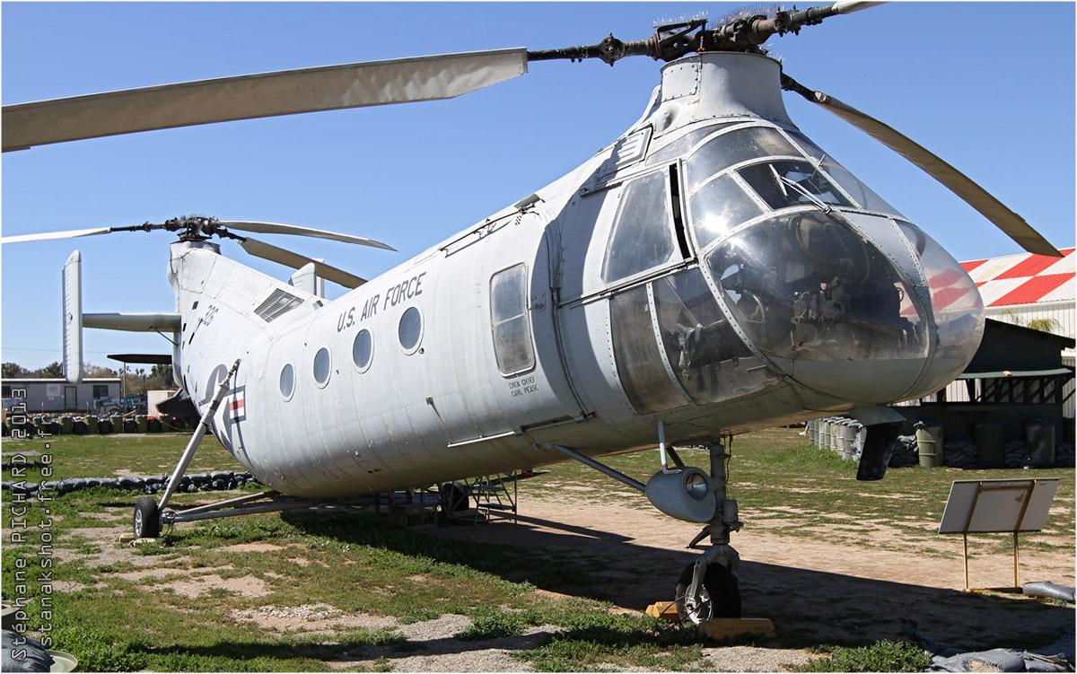 Piasecki h-21 workhorse (ch-21b) de l'usaf par stanak (©stanakshot)